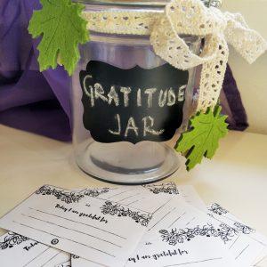making a gratitude jar